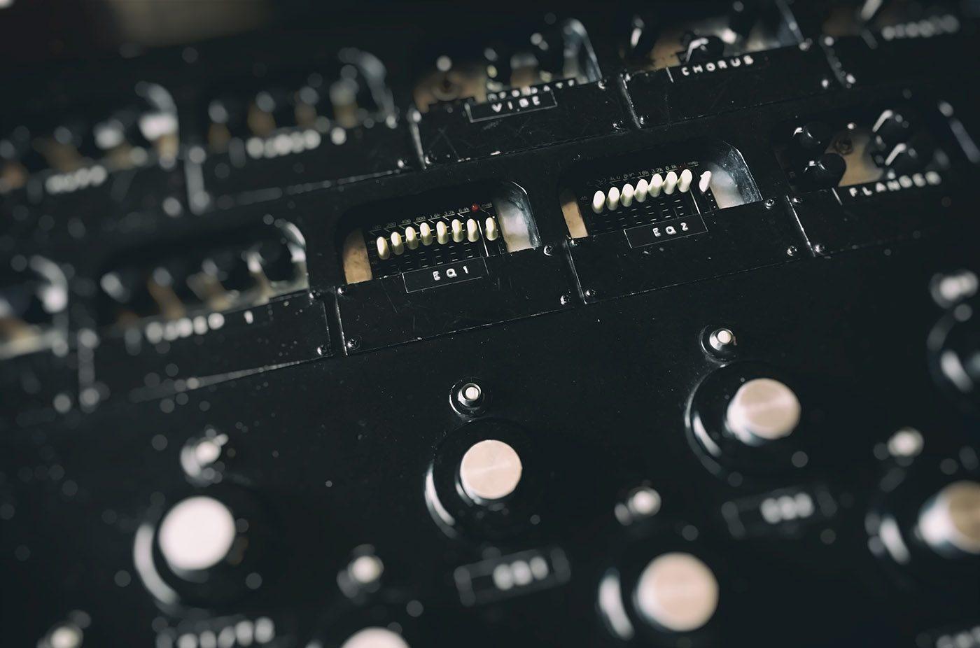Schema Collegamento Equalizzatore Amplificatore : L equalizzatore nella catena effetti giampaolo noto