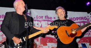 Gilmour con Waters nel Tour The Wall... 2