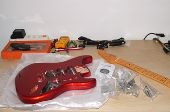 RED FENDER STRATOCASTER GILMOUR REPLICA 3