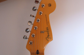 RED FENDER STRATOCASTER GILMOUR REPLICA 5